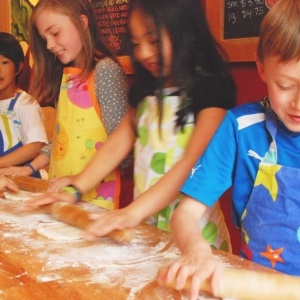 Kids Pizza Making
