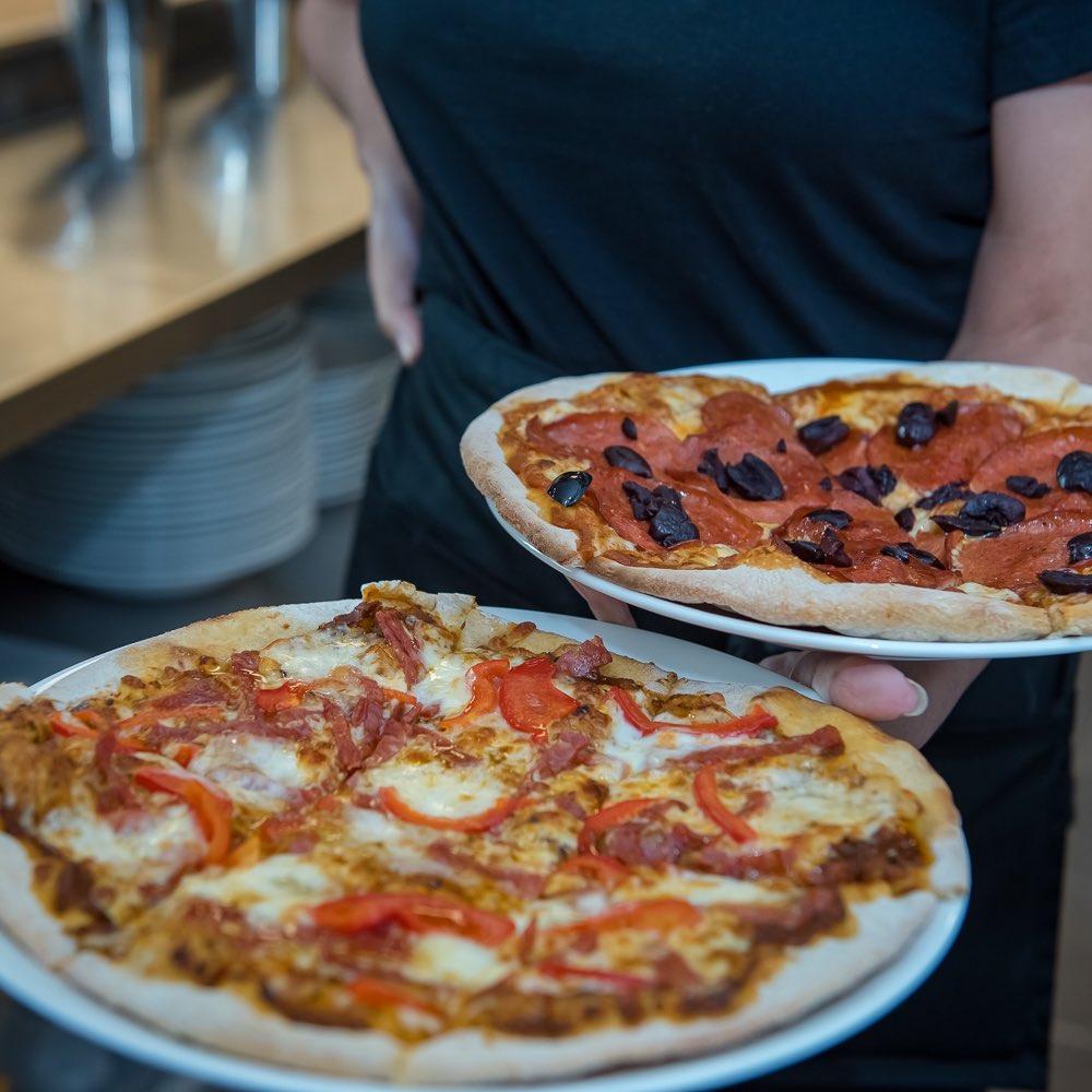 Calabrese Artisan Pizza
